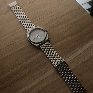 Silver Nixon Watch (Time Teller) 37mm